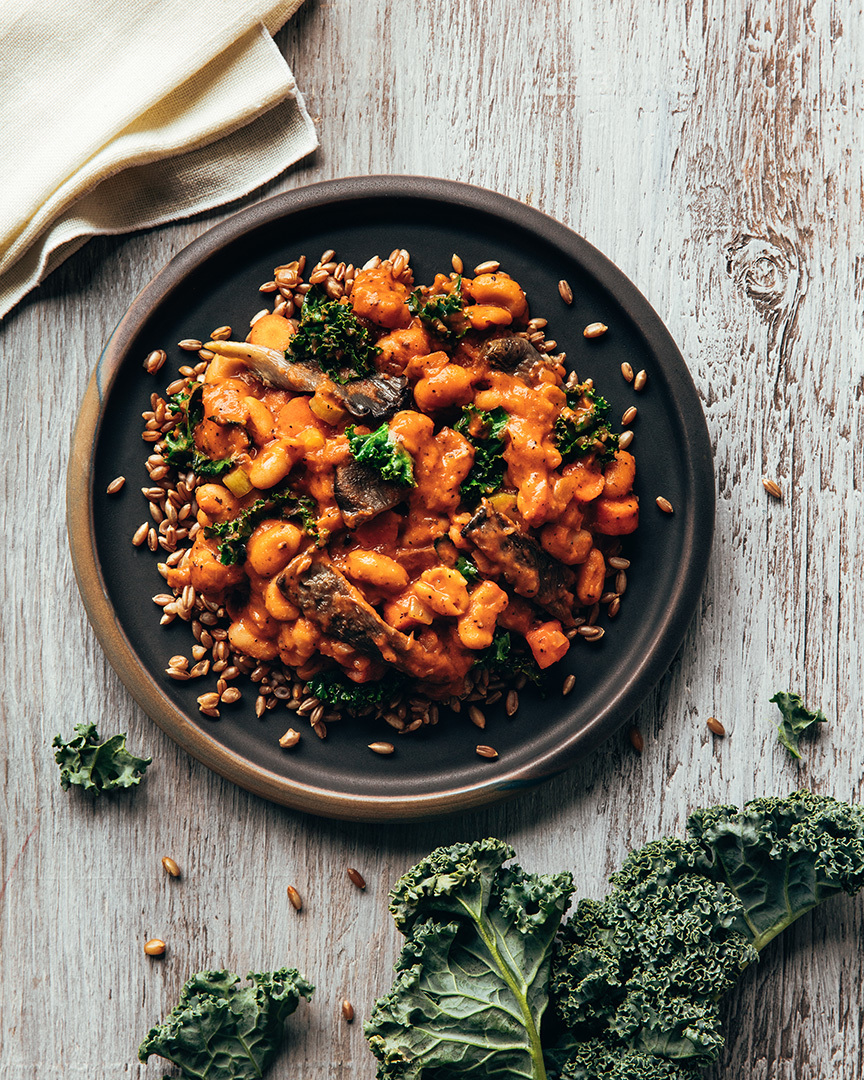 Locaal White bean stew with kale